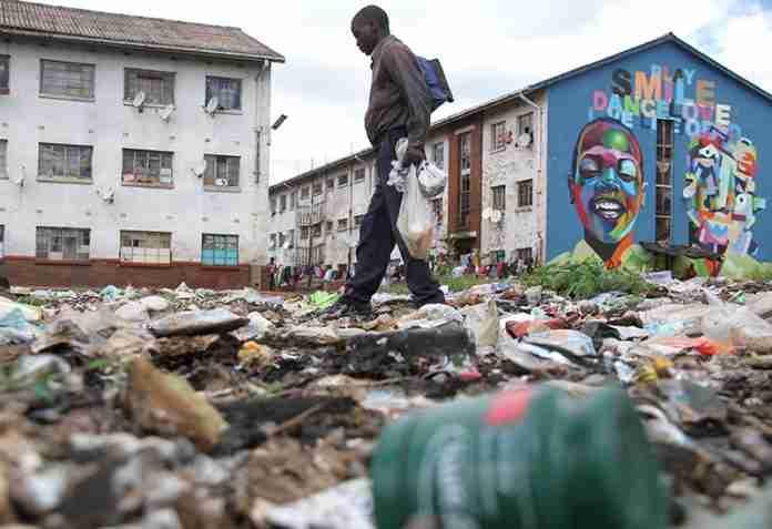 Zimbabwe trash